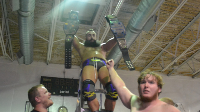 Cross defeats Fury for WFC Heavyweight Championship!